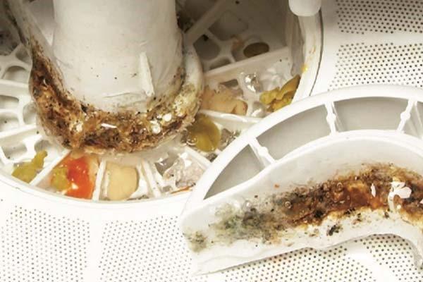 تمیز کردن ماشین ظرفشویی و از بین بردن بوی نامطبوع