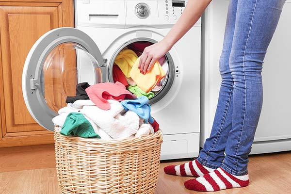 قرار دادن بیش از اندازه لباس در لباسشویی و خشک نشدن لباسها - نیوسرویس