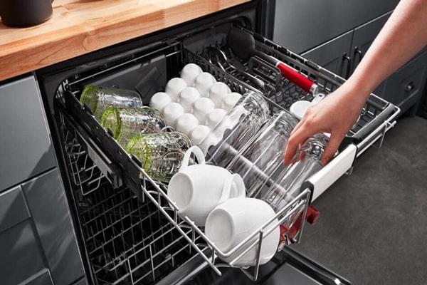 المنت در برخی از مدلهای ظرفشویی وظیفه گرم و خشک کردن ظروف را دارد