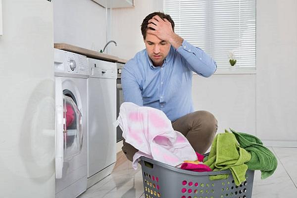 لکه لباس و چرا لباسشویی تمیز نمی شوره؟ _ نیوسرویس
